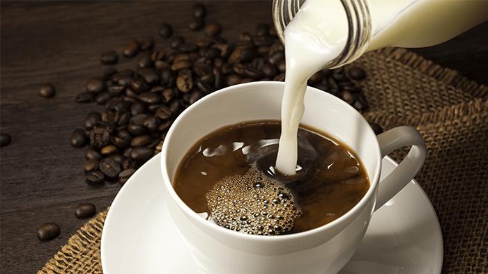 下げる コーヒー 尿酸 は 値 に を
